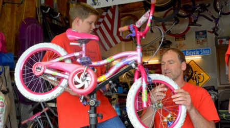 Used bicycle repairs offer 'joy of riding to families in need'